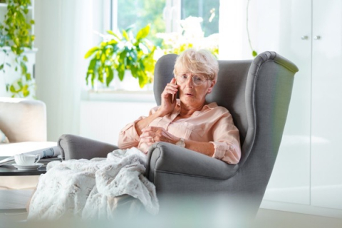 Polska: Podejrzany telefon do seniorki. Ostrzeżcie rodziców i dziadków