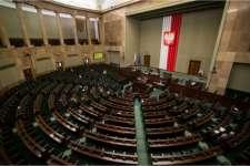 Polska: Najnowszy sondaż. Kto wszedłby do Sejmu, gdyby wybory odbyły się już w tę niedzielę?